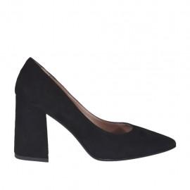 Zapato de salon a punta para mujer en gamuza negra tacon cuadrado 7 - Tallas disponibles:  33, 34, 44