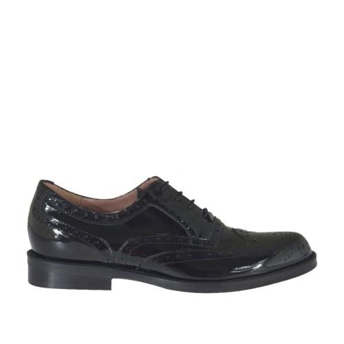 Chaussure oxford pour femmes à lacets en cuir verni noir talon 2 - Pointures disponibles:  33, 43, 45