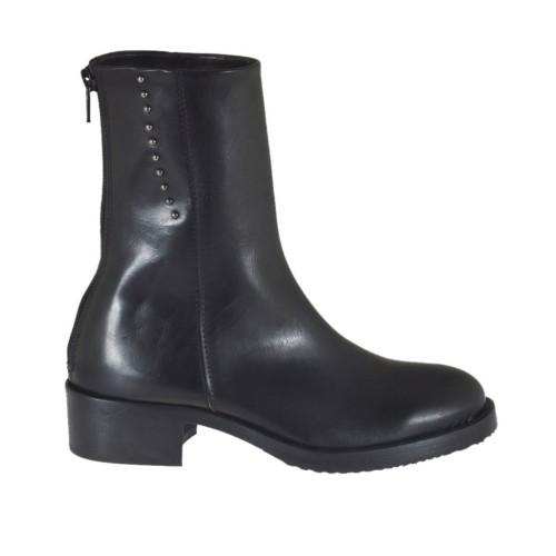 Stivaletto da donna con cerniera e borchie in pelle nera tacco 4 - Misure disponibili: 33, 44