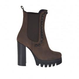 Bottines pour femmes avec elastiques et goujons en nubuck marron talon 10 - Pointures disponibles:  42, 43