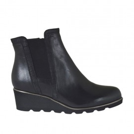 Woman's ankle boot with elastic and zipper in black leather wedge heel 4 - Available sizes:  32, 33, 34, 42, 43, 44, 45