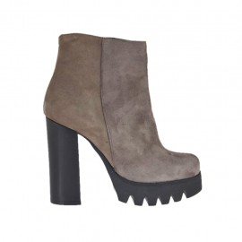 Woman's ankle boot with zipper in taupe suede heel 10 - Available sizes:  42, 43, 45