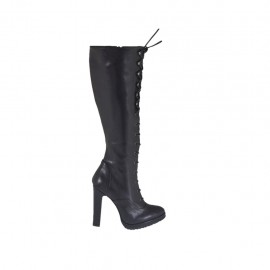 Woman's laced boot in black leather with zipper and platform heel 10 - Available sizes:  31, 32