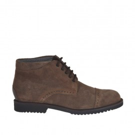 Men's sportive laced ankle shoe with captoe in brown suede - Available sizes:  46, 47