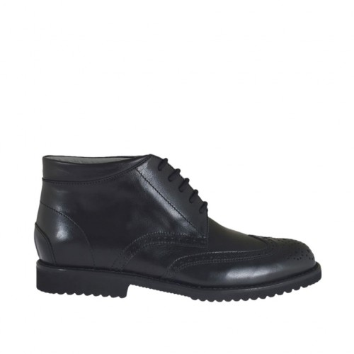 Men's ankle-high laced shoe with Brogue pattern in black leather - Available sizes:  38, 46