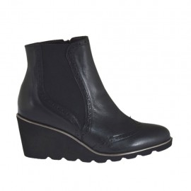 Woman's ankle boot with elastic and zipper in black leather wedge heel 6 - Available sizes:  42, 43, 44, 45
