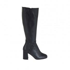 Bottes pour femmes en cuir noir avec goujons et fermeture éclair talon 7 - Pointures disponibles:  32, 33, 42, 43, 44