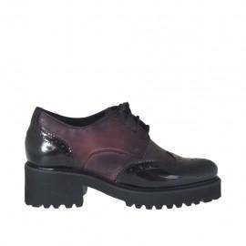 Derbyschuh mit Schnürsenkeln für Damen aus bordeauxfarbenem Leder und schwarzem gebürstetem Leder Absatz 5 - Verfügbare Größen:  34, 42, 43