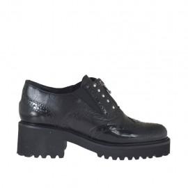 Zapato para mujer con cremallera, elasticos y tachuelas en piel cepillada negra tacon 5 - Tallas disponibles:  32, 42, 43