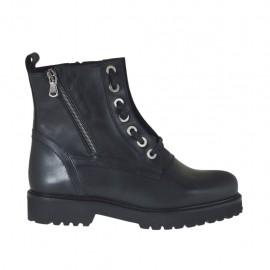 Damenstiefelette mit Schnürsenkeln und Reißverschlüssen aus schwarzem Leder Absatz 3 - Verfügbare Größen:  34, 43, 44, 45