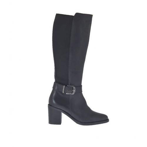 Damenstiefel mit Rei?verschluss, Gummiband und Schnalle aus schwarzem Leder Absatz 6 - Verfügbare Größen:  42, 43