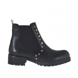 Damenstiefelette mit Gummibändern und Nieten aus schwarzfarbigem Leder mit Absatz 3 - Verfügbare Größen:  32, 33, 34, 44