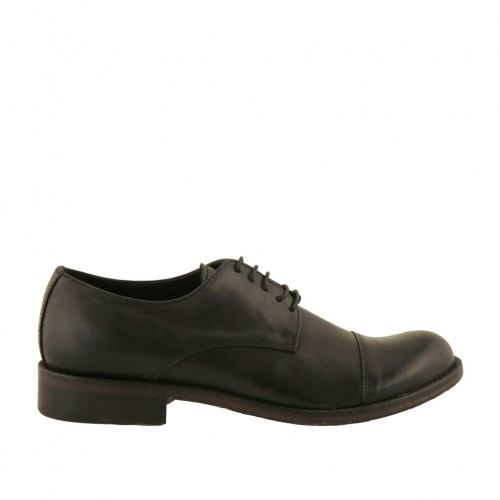 Men's elegant laced derby shoe with captoe in black leather with rounded tip - Available sizes:  36, 37, 38, 48, 50