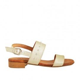 Sandalo da donna con borchie in pelle platino tacco 2 - Misure disponibili: 33, 34, 42, 43, 44, 45