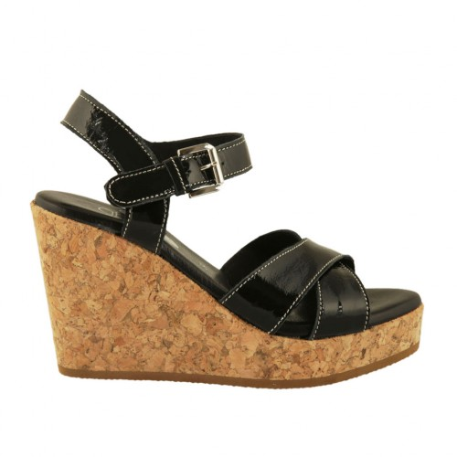 Woman's strap sandal in black patent leather with platform and wedge 9 - Available sizes:  34, 42, 43, 44, 45