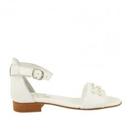 Chaussure ouvert pour femmes en cuir blanc avec courroie et perles talon 2 - Pointures disponibles:  32, 33, 34, 42, 43, 44, 45