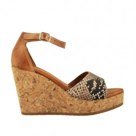 Woman's open shoe with strap and platform in tan and printed multicolored leather wedge heel 9 - Available sizes:  32, 33, 34, 42, 43, 44, 45