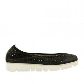 Woman's ballerina shoe in pierced black leather wedge 3 - Available sizes:  34, 43