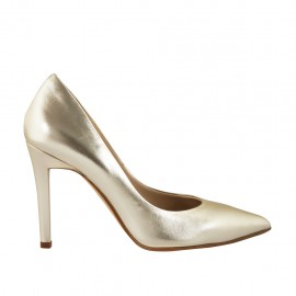 Woman's elegant pump in platinum laminated leather heel 9 - Available sizes:  33, 34, 42, 43, 44, 45, 46