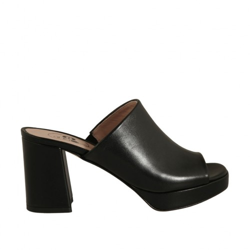 Woman's mules in black leather with platform and heel 7 - Available sizes:  42, 43