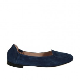 Woman's highfronted ballerina in blue suede heel 1 - Available sizes:  32, 33, 34