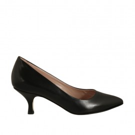 Pump shoe for women in black leather heel 5 - Available sizes:  32, 33, 34, 42, 43, 44, 45