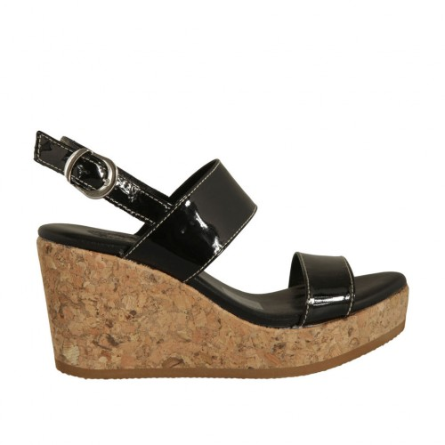 Woman's sandal in black patent leather with platform and wedge 7 - Available sizes:  43