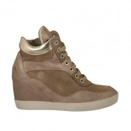 Chaussure avec fermeture éclair et lacets en cuir cuivre, lamé platine et daim imprimé scintillant beige talon compensé 6 - Pointures disponibles:  34, 43