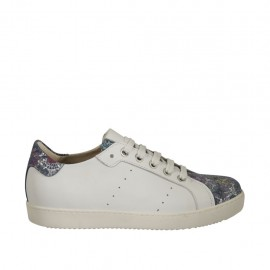 Chaussure pour femmes à lacets avec semelle amovible en cuir blanc et daim multicouleur imprimé floreal talon compensé 2 - Pointures disponibles:  33, 44