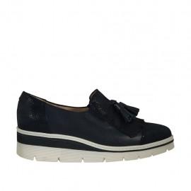 Zapato cerrado para mujer con borlas y flecos en piel y gamuza imprimida brillante azul cuña 3 - Tallas disponibles:  33, 34, 42, 43, 44, 45