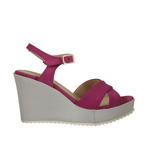 Woman's strap sandal in fuchsia nubuck leather and silver laminated fabric with platform and wedge heel 8 - Available sizes:  31