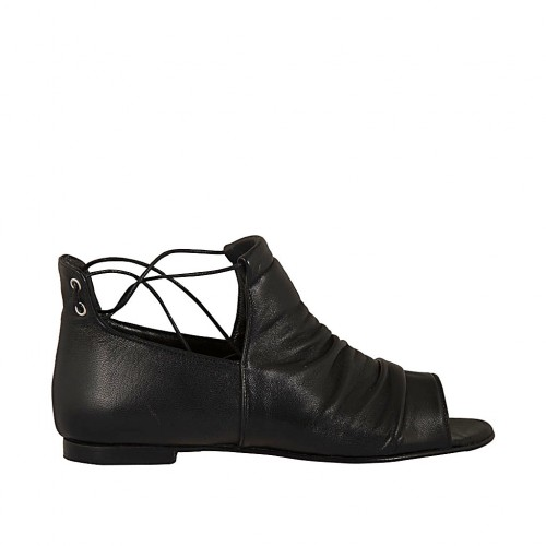 Woman's open shoe with laces in black leather heel 1 - Available sizes:  33, 34