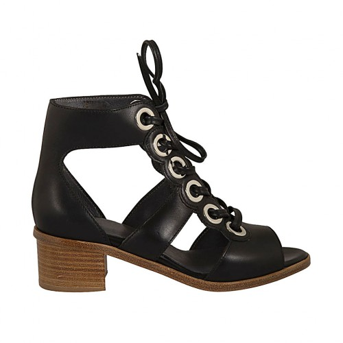 Woman's laced open shoe in black leather heel 4 - Available sizes:  34