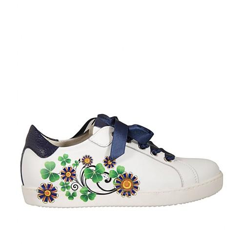 Scarpa stringata da donna in pelle bianca con stampa floreale e laminata blu con plantare estraibile zeppa 2 - Misure disponibili: 33, 34, 42, 43, 44, 45