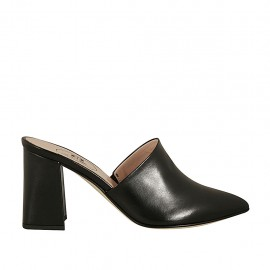 Woman's closed toe mule in black leather heel 7 - Available sizes:  33, 44