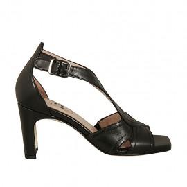 Zapato abierto para mujer en piel negra con cinturon cruzado tacon 7 - Tallas disponibles:  32, 33, 34, 42, 43, 44, 45