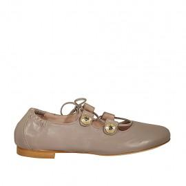 Ballerinaschuh für Damen mit Knöpfen mit Strasssteinen und Schnüren aus taubengrauem Leder Absatz 1 - Verfügbare Größen:  43, 44, 46