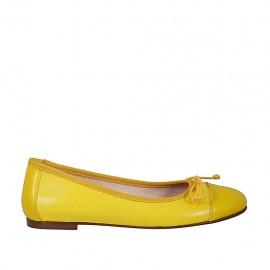 Ballerine pour femmes à bout rapporté avec noeud en cuir jaune talon 1 - Pointures disponibles:  33, 34, 43, 44, 46