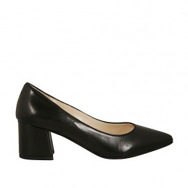 Woman's pump with pointed toe in black leather block heel 5 - Available sizes:  32, 33, 34, 42, 43, 44, 45