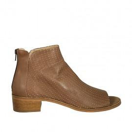 Zapato abierto en punta para mujer con cremallera posterior en piel y piel perforada avellana tacon 4 - Tallas disponibles:  42, 43, 44, 45, 46