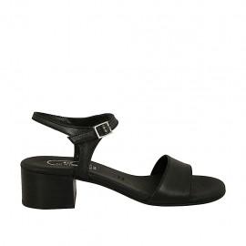 Sandalia para mujer en piel negra con cinturon tacon 4 - Tallas disponibles:  32, 33, 34, 42, 43, 44, 45, 46