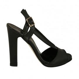 Sandalo da donna in pelle nera con plateau tacco 11 - Misure disponibili: 34, 42, 43, 44