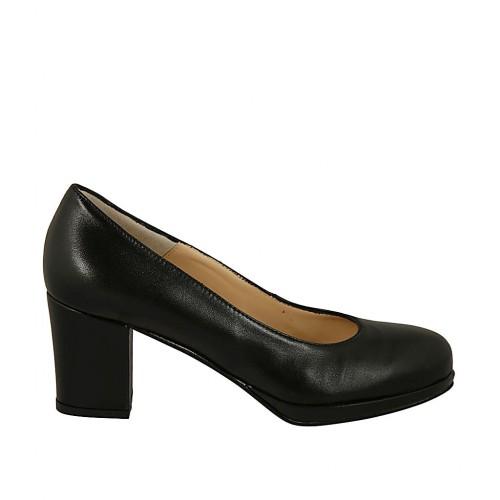 Damenpump aus schwarzem Leder mit Plateau Absatz 6 - Verfügbare Größen:  44