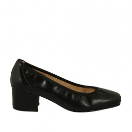 Woman's pump with squared tip in black leather heel 4 - Available sizes:  34, 43, 44, 45