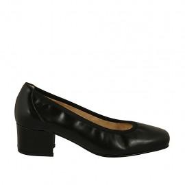 Zapato de salon para mujer en piel negra con punta cuadrada tacon 4 - Tallas disponibles:  34, 43, 44, 45
