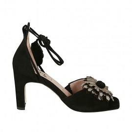 Scarpa aperta da donna con lacci e fiore in camoscio nero e pelle laminata argento tacco 7 - Misure disponibili: 33, 34, 44, 45
