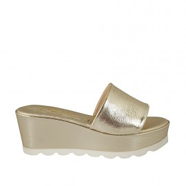 Woman's open mules in platinum laminated patent leather wedge heel 6 - Available sizes:  34, 42, 43, 44