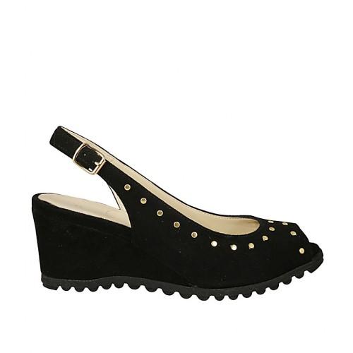 433d7bd735e058 Sandale pour femmes avec goujons en daim noir talon compensé 5 - Pointures  disponibles: 33