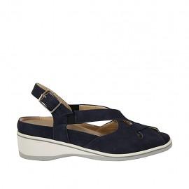 Sandalo da donna con elastici e plantare estraibile in camoscio blu zeppa 4 - Misure disponibili: 34, 43