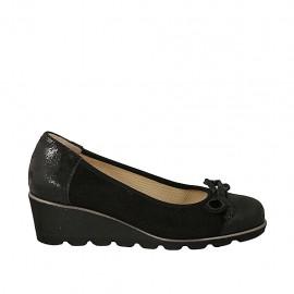 Zapato de salon con moño para mujer en gamuza perforada y piel estampada negra cuña 4 - Tallas disponibles:  32, 34, 43, 44, 45